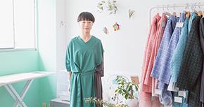 東大卒の元TOTO社員が30代でファッションデザイナーに。遅咲きで見つけた新たな道
