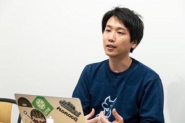 シェアリングエコノミーを通じて社会に貢献をしたいと語るモノオク株式会社CEOの阿部祐一さんの写真