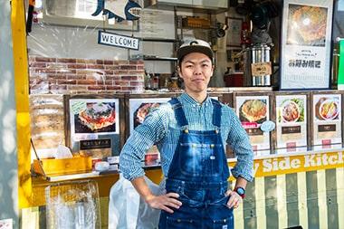 今後の目標について語る「Sunny Side Kitchen」安藤亮太さんの写真