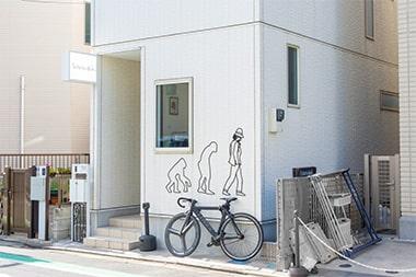 セレクトショップ「アマノジャク」の店外写真