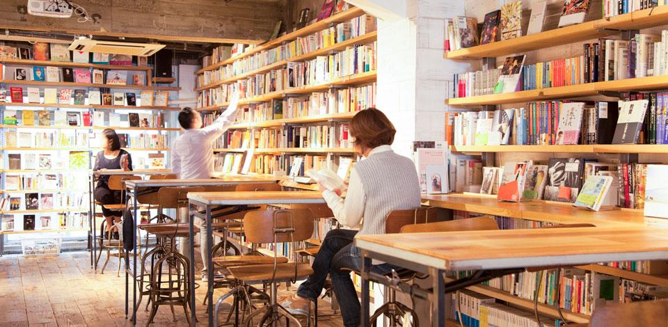 クラウドファンディングに成功した「森の図書室」の図書委員長が、夢を ...